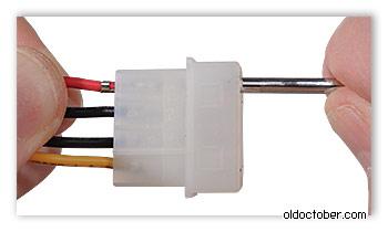 Демонтаж контактов ATA разъёмов с помощью тонкостенной трубки.