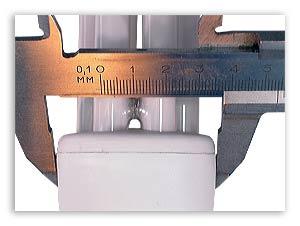 Измерение диаметра корпуса лампы.
