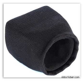 Пластиковый конус, обтянутый тканью. Вид сзади.