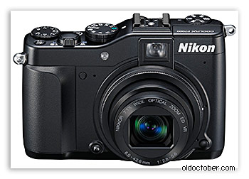 Камера Nikon Coolpix P7000.
