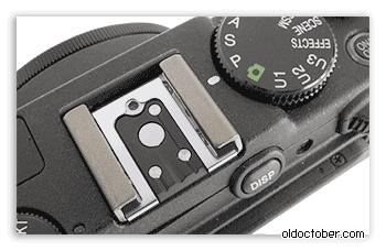 «Горячий башмак» камеры Nikon Coolpix P7700.