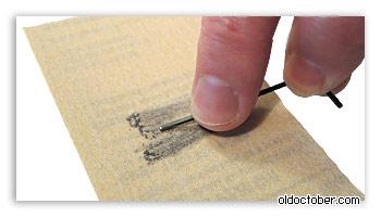 Доработка шестигранного ключика с помощью наждачной бумаги.