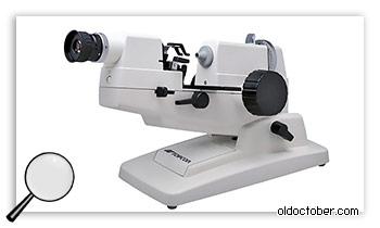 Прибор для измерения оптической силы линз – линзомер.