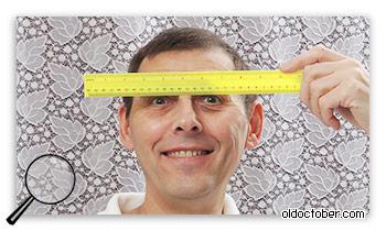 Измерение расстояния между зрачками с помощью помощника.